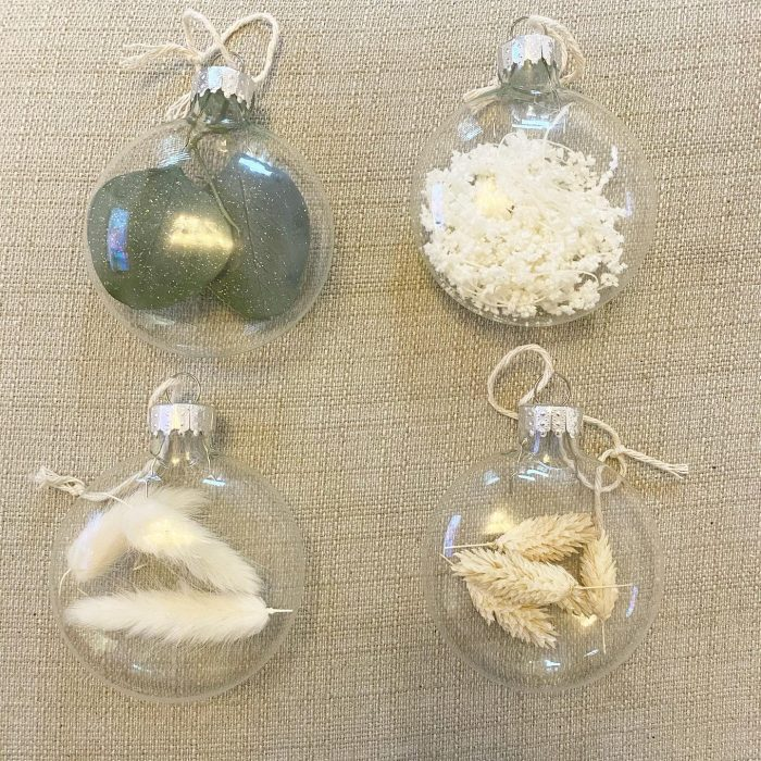 Dried Flower Flat Glass Baubles X 4